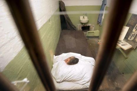 La cellule de John Anglin, qui avait installé une tête en papier mâché dans son lit.