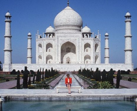 la princesse Diana est photographiée au Taj Mahal, le 13 février 1992