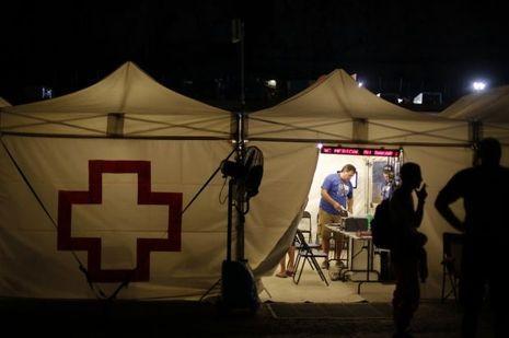 La tente où travaille l'équipe médicale sur le Dakar.