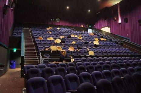 Le salle de cinéma où a eu lieu la tragédie