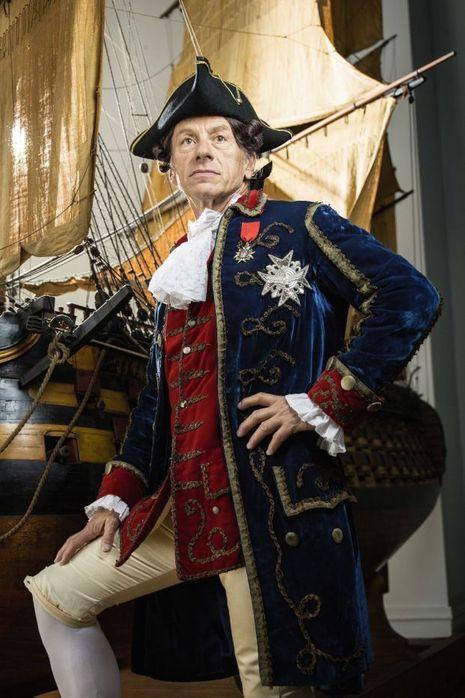 """""""Le tour du monde du roi Zibeline"""" raconte les aventures incroyables et véridiques du navigateur Maurice Auguste Beniowski."""