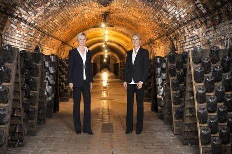 Alexandra et Stéphanie dans les caves qui courent sur 10 kilomètres.