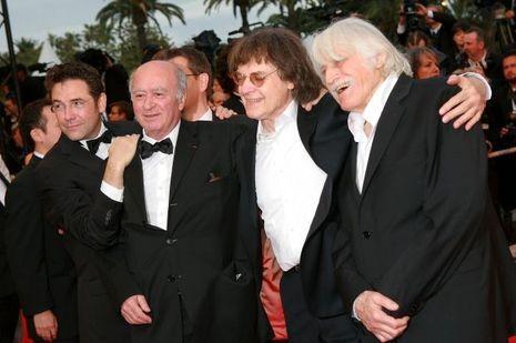 """L'équipe de """"Charlie Hebdo"""" sur le tapis rouge du Festival de Cannes, en 2008."""
