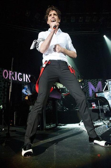 Mika pendant sa tournée en 2012