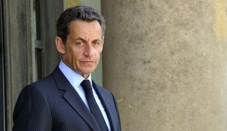 Nicolas Sarkozy perron élysée-