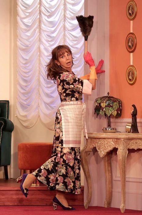 Victoria Abril sur la scène de la Madeleine dans Paprika.