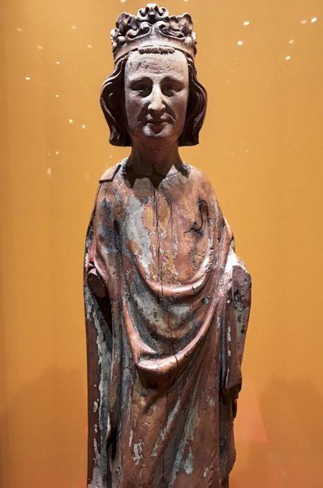 Statue de Saint Louis, bois polychrome, vers 1300.