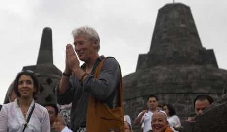 Richard Gere au temple Borobudu à Java-