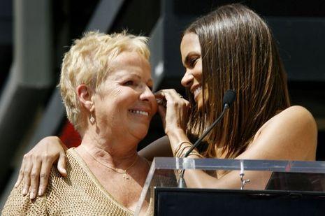 Halle Berry et sa mère en 2007.