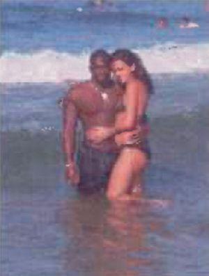 Dans l'ordinateur d'Amedy Coulibaly, les enquêteurs retrouvent ses photos de vacances. Ici en République dominicaine en janvier 2009, avec sa femme.