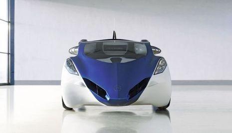 SC_AeroMobil_3_car_confi