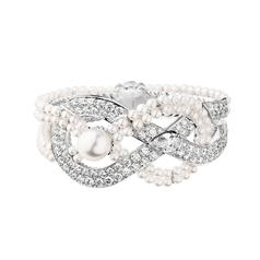 Chanel Joaillerie Bracelet Endless Knot.