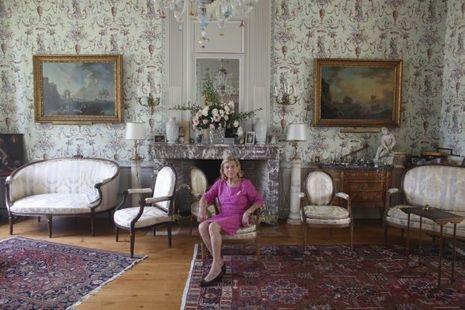 Marie-France Manoncourt, l'élégance et le raffinement incarnés.