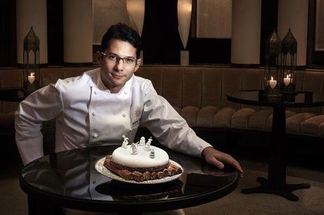 Fabien Berteau au Park Hyatt Paris-Vendôme. A 34 ans, il vient d'être élu Meilleur chef pâtissier par le guide «Gault & Millau 2015». Il présente son Pondichéry.