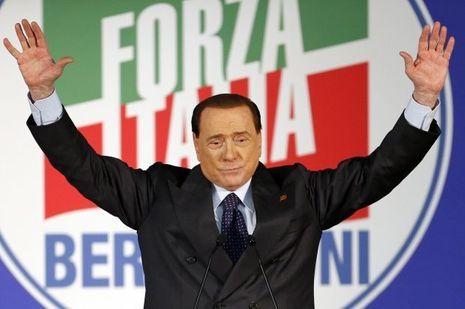 Malgré les affaires, Silvio Berlusconi a tenu un meeting à Milan, le 23 mai dernier.