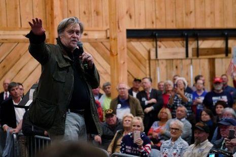 Steve Bannon lors du meeting de Roy Moore à Midland City, le 11 décembre 2017.