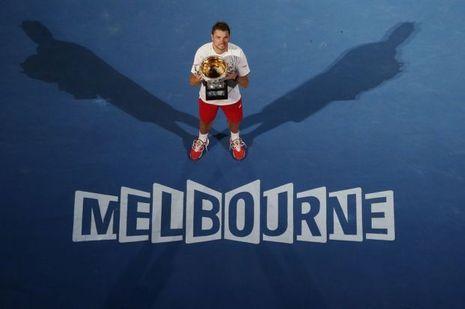 Le sacre du champion. Avec sa victoire à Melbourne, Stanislas est devenu une star.