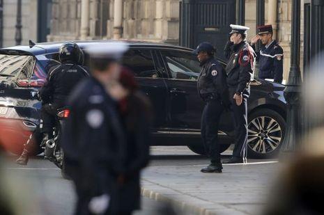 Voiture Manuel Valls Elysée