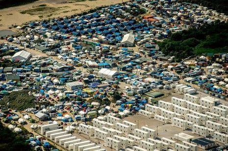 Vue aérienne de la «jungle» de Calais.