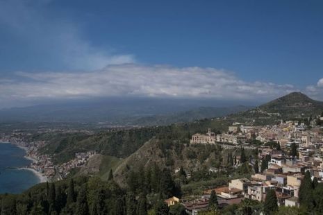 Vue de la terrasse du Grand hôtel Timeo de Taormina