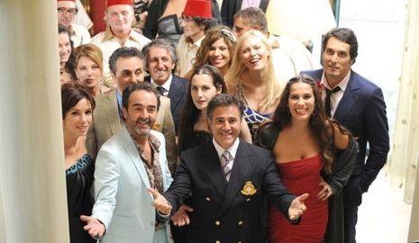 En 1997, Vincent Elbaz a décroché le rôle du séducteur Dov dans La vérité si je mens réalisé apr Thomas Gilou. Déclinant le rôle dans le second volet, l'acteur a retrouvé Richard Anconina et Serge Garcia dans le troisième épisode, sorti le 1er février 2012.