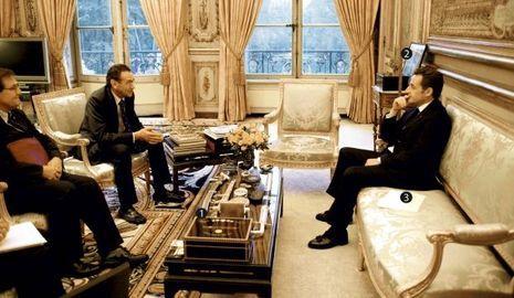 hollande sarkozy la politique friction. Black Bedroom Furniture Sets. Home Design Ideas