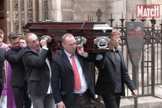 Proches et marins pleurent Florence Arthaud