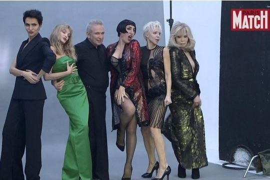 Jean-Paul Gaultier: Dans les coulisses de la séance photo