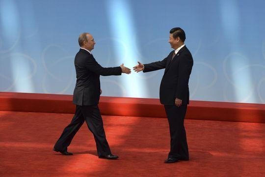Face à l'Occident, Pékin et Moscou se rapprochent