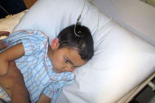 Un petit Anglais malade recherché en France