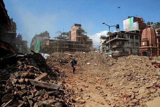Nepal : plus de 4000 personnes tuées