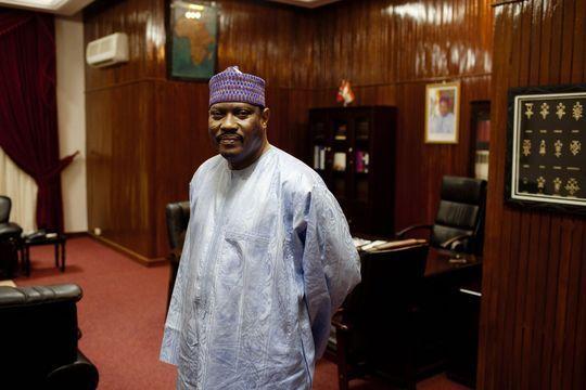 Comment le président nigérien a écarté son rival