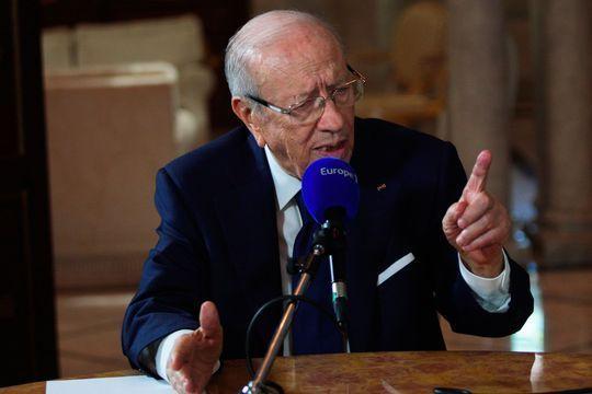 Le président tunisien décrète l'état d'urgence