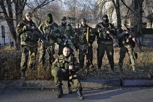 Ukraine: sur le front avec les milices russes