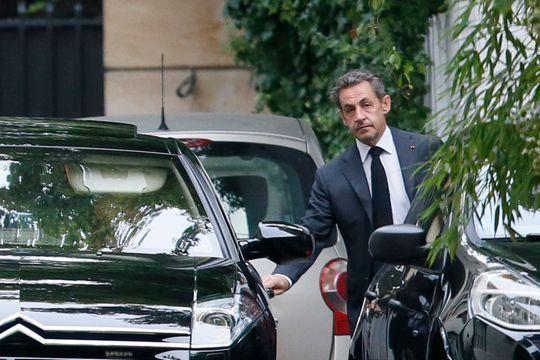 Nicolas Sarkozy déclenche les hostilités