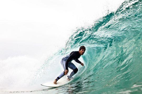 Toute la beauté du surf en 1000 images par seconde