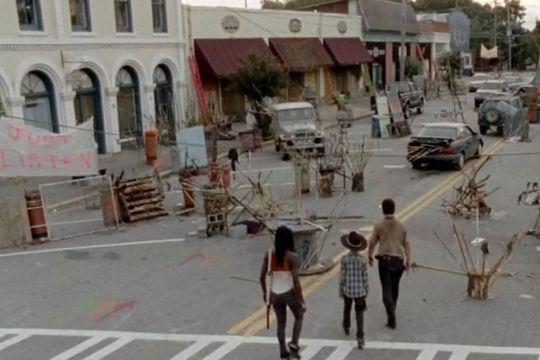 """La ville de """"The Walking Dead"""" aux enchères"""