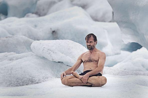 Cet homme ne connaît pas le froid
