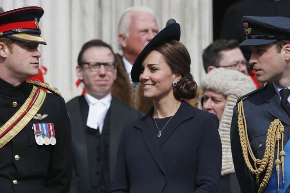 Quand Kate, William et Harry ne trouvent pas d'hôtel...