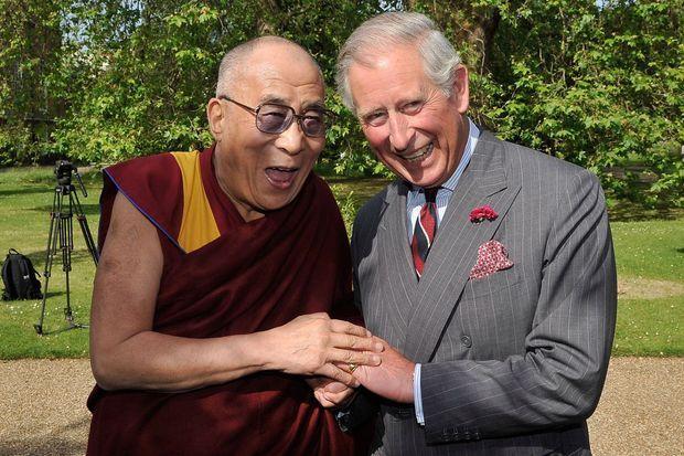 Le prince Charles avec le Dalaï-Lama le 20 juin 2012