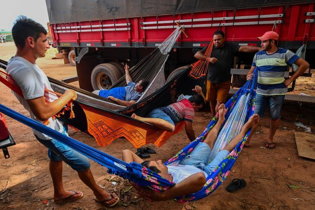 La pause des routiers de l'Amazonie.