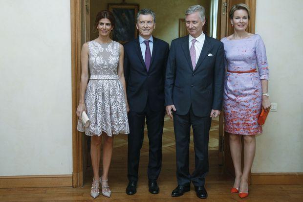 La reine Mathilde et le roi Philippe de Belgique avec le couple présidentiel argentin à Bruxelles, le 4 juillet 2016