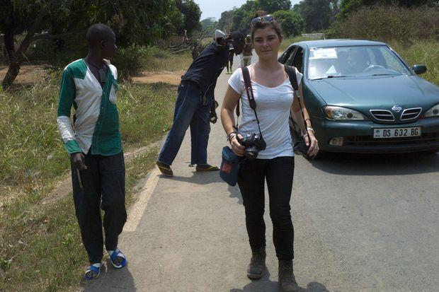 Camille Lepage à Damara, au nord de Bangui en Centrafrique, en février 2014, trois mois avant sa disparition
