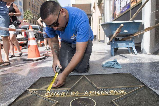 L'étoile de Charles Aznavour en préparation à Los Angeles, le 21 août 2017.