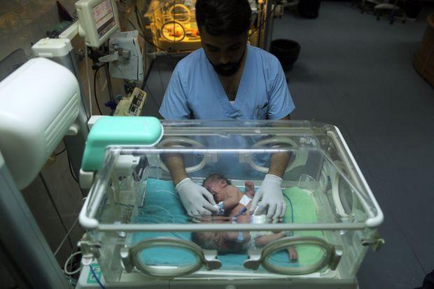 Des soeurs siamoises sont nées dimanche à Gaza