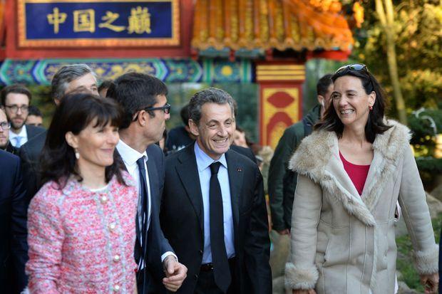 Nicolas Sarkozy aux côtés du directeur du zoo de Beauval, Rodolphe Delord, et de la directrice de la communication Delphine Delord.