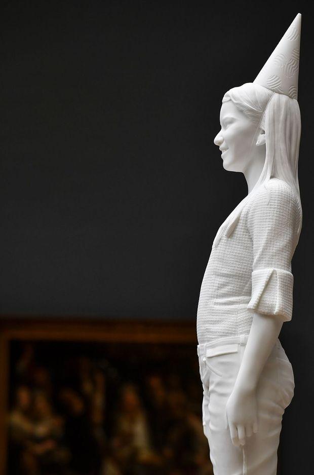 """Détail de """"My Future Queen"""", oeuvre de Jan Fabre figurant la princesse Elisabeth de Belgique. A Bruxelles le 19 avril 2018"""