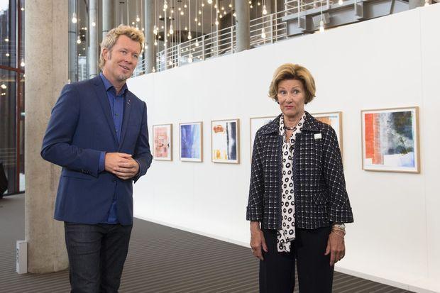 La reine Sonja de Norvège et Magne Furuholmen à Bergen, le 26 août 2016
