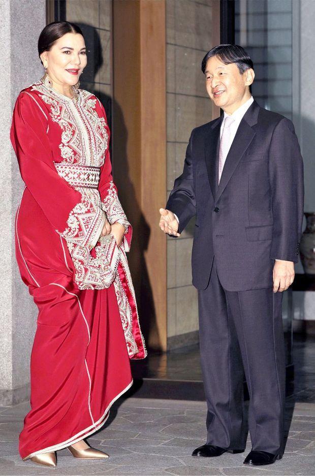 La princesse Lalla Hasnaa du Maroc avec le prince héritier Naruhito du Japon à Tokyo, le 22 novembre 2018