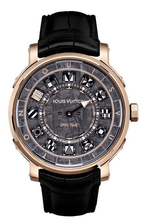 47 000 euros. Louis Vuitton.